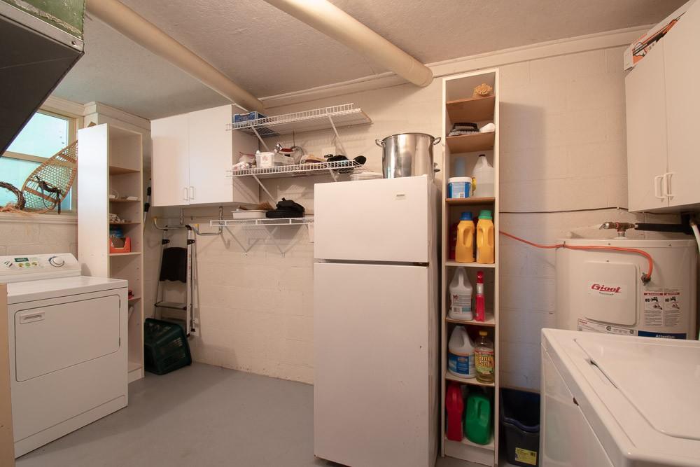 Laundry Room (with Spare Fridge/Freezer)