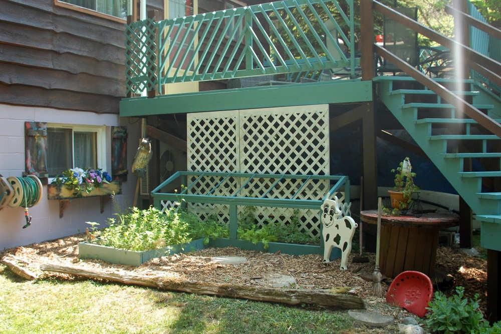 Garden Below the Deck Area