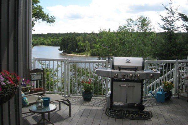 Upper Deck with BBQ