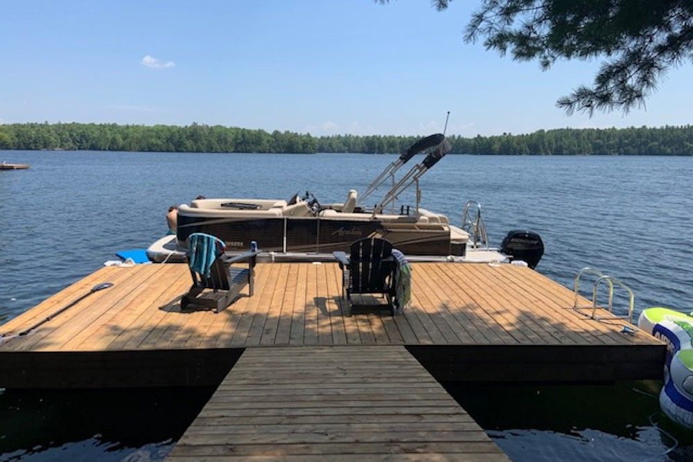 Dock & Lake View (Pontoon Boat not Included)