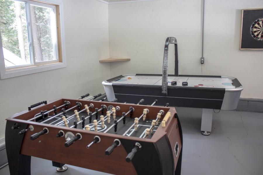 Games Room - Foosball & Air Hockey