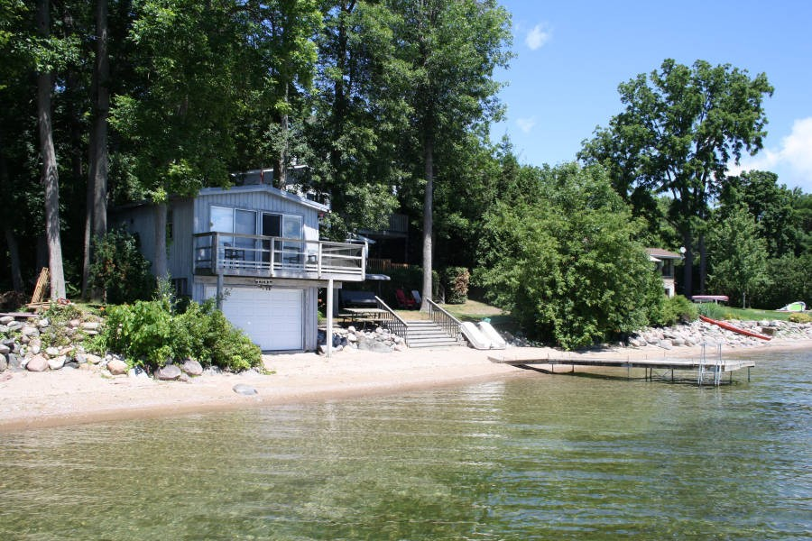 Bunkie Exterior from Lake