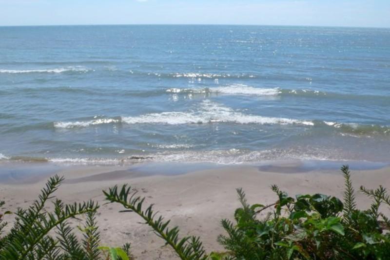 Sandy Beach (Seasonal)