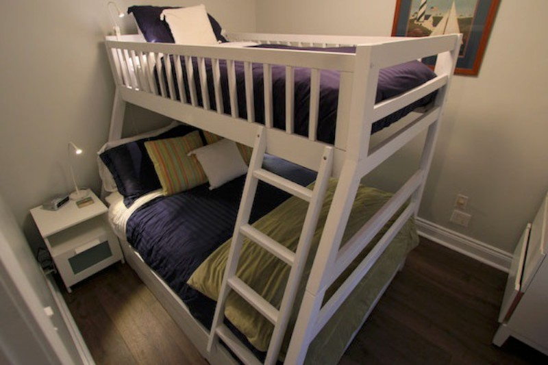Bedroom with Double Bed with Single Bunk Over
