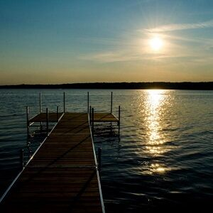 Visit Crowe Lake Lodge this October!