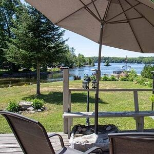 Between the Locks is available for weekend getaways this Fall!